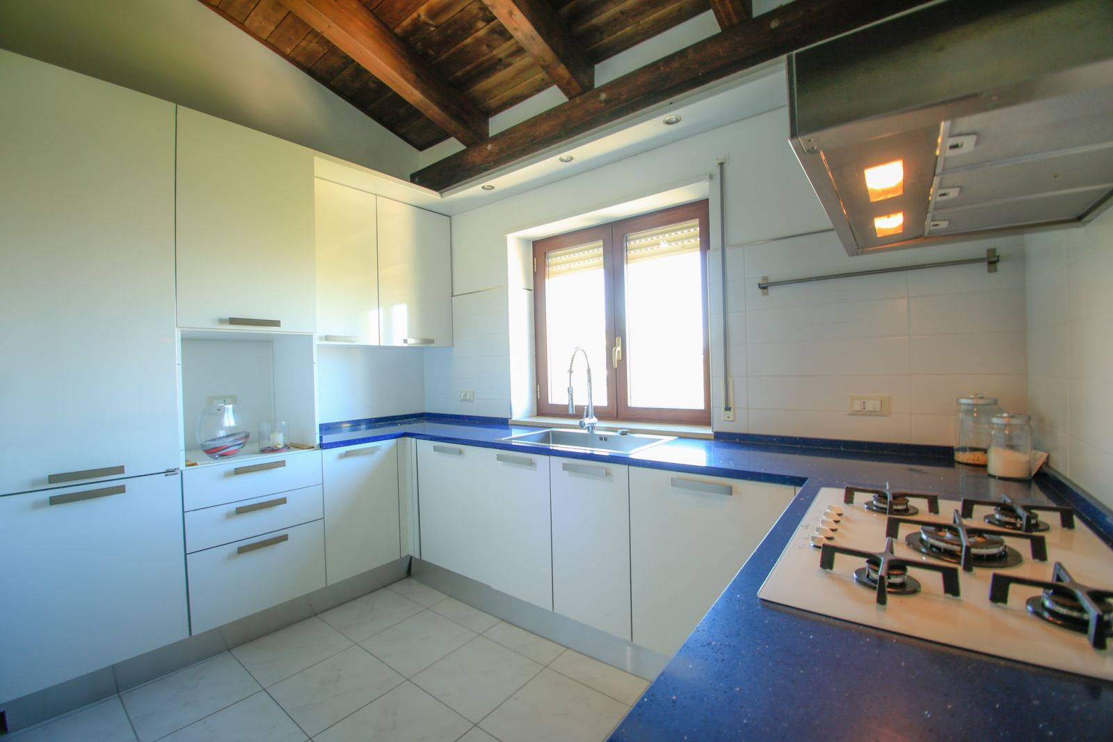 Apartment for sale in Via San Lorenzo 1 at Città Sant\'Angelo - 9556313
